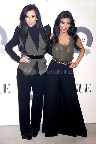 Kim Kardashian and Kourtney Kardashian at the QVC 25 To Watch Party at the New York Times Building in New York City, February 11, 2011 © mpi01 / MediaPunch Inc.