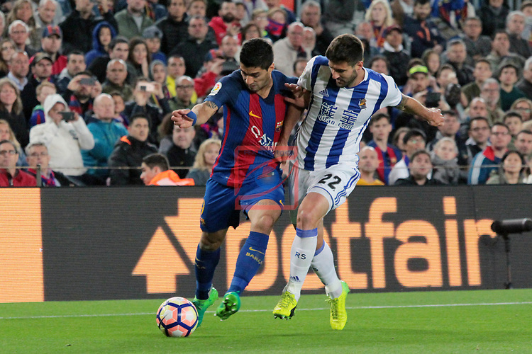 League Santander 2016/2017. Game: 32.<br /> FC Barcelona vs Real Sociedad: 3-2.<br /> Luis Suarez vs Raul Navas.