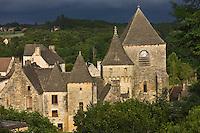 Europe/France/Aquitaine/24/Dordogne/Périgord Noir/Saint-Geniès: Le Château du XV et l'église