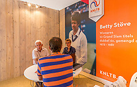 Den Bosch, Netherlands, 13 June, 2017, Tennis, Ricoh Open, KNLTB Plaza<br /> Photo: Henk Koster/tennisimages.com