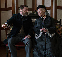Victoria and Abdul (2017) <br /> Eddie Izzard, Judi Dench<br /> *Filmstill - Editorial Use Only*<br /> CAP/FB<br /> Image supplied by Capital Pictures