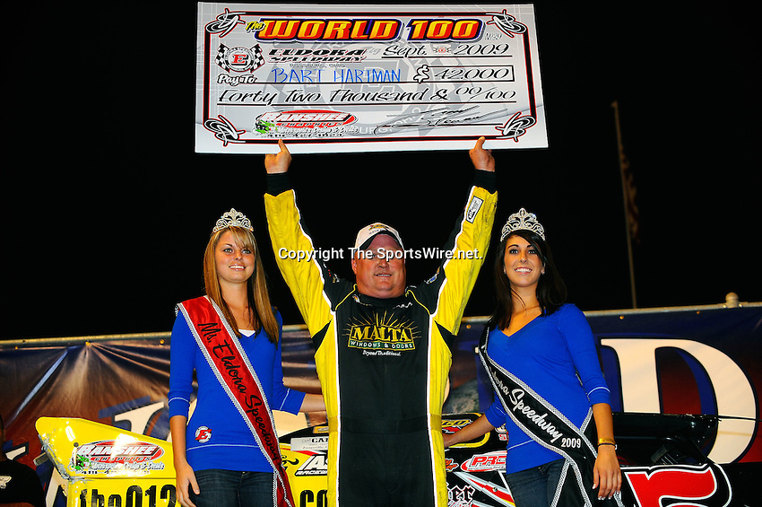 Sep 12, 2009; 11:09:58 PM; Rossburg, OH., USA; The 39th annual running of the World 100 Dirt Late Models racing for the Globe trophy at the Eldora Speedway.  Mandatory Credit: (thesportswire.net)