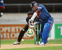 NZ wicketkeeper Peter McGlashan braces as Sachin Tendulkar bats during the 2nd ODI cricket match between the New Zealand Black Caps and India at Westpac Stadium, Wellington, New Zealand on Friday, 6 March 2009. Photo: Dave Lintott / lintottphoto.co.nz