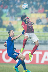 Guangzhou Forward Ricardo Goulart (R) fights for the ball with Suwon Defender Matthew Jurman (L) during the AFC Champions League 2017 Group G match Between Suwon Samsung Bluewings (KOR) vs Guangzhou Evergrande FC (CHN) at the Suwon World Cup Stadium on 01 March 2017 in Suwon, South Korea. Photo by Victor Fraile / Power Sport Images