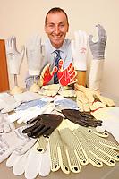 Tornado gloves