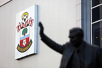 Pictured: Statue of Ted Bates MBE outside St Mary's Ground Sunday 01 February 2015<br /> Re: Premier League Southampton v Swansea City FC at ST Mary's Ground, Southampton, UK.