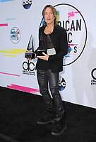 NOV 19 2017 American Music Awards- PRESS ROOM