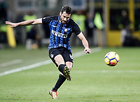 Calcio, Serie A: Inter - Roma, Milano, stadio Giuseppe Meazza (San Siro), 21 gennaio 2018.<br /> Inter's Antonio Candreva in action during the Italian Serie A football match between Inter Milan and AS Roma at Giuseppe Meazza (San Siro) stadium, January 21, 2018.<br /> UPDATE IMAGES PRESS/Isabella Bonotto