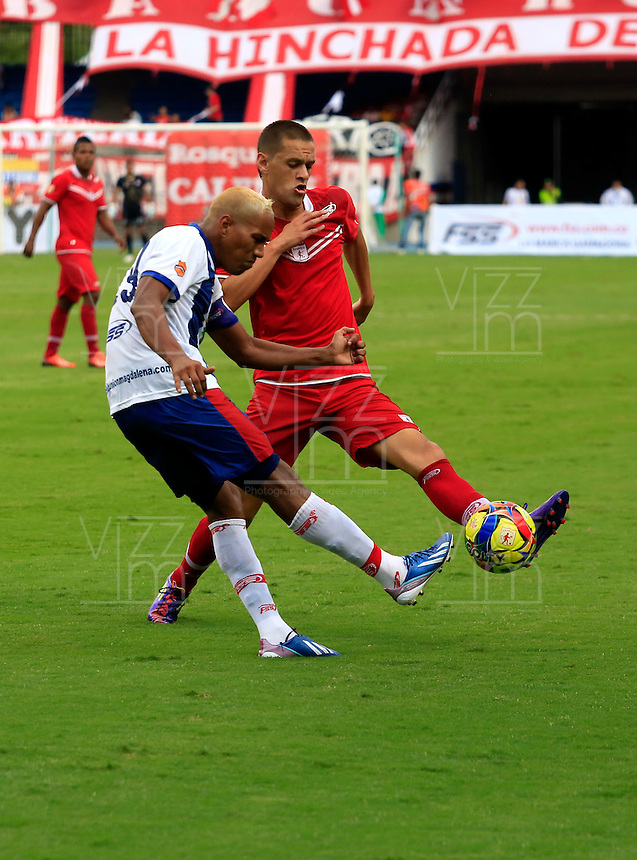 CALI -COLOMBIA-12-10-2013. Aspecto del partido entre America de Cali y Unión Magadalena válido para la fecha 17 del Torneo Postobón jugado en el Estadio Pascual Guerrero de Cali./  Aspect of the match between Americade Cali and Unión Magadalena valid for date 17th Torneo Postobón played at Metropolitan stadium Estadio Pascual Guerrero de Cali city. Photo: VizzorImage/Juan C. Quintero/STR