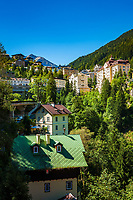 Oesterreich, Salzburger Land, Pongau, Gasteiner Tal, Bad Gastein: Kurhotels vor den Hohen Tauern | Austria, Salzburger Land, region Pongau, Gastein Valley, Bad Gastein: spa hotels and Hohe Tauern mountains