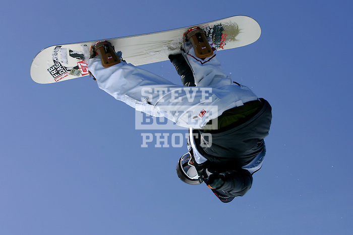 Paal Soerensen (NOR) competes during the qualification round for the Nokia Snowboard FIS Half-Pipe World Cup at Whiteface Mountain in Lake Placid, New York on March 9, 2007.