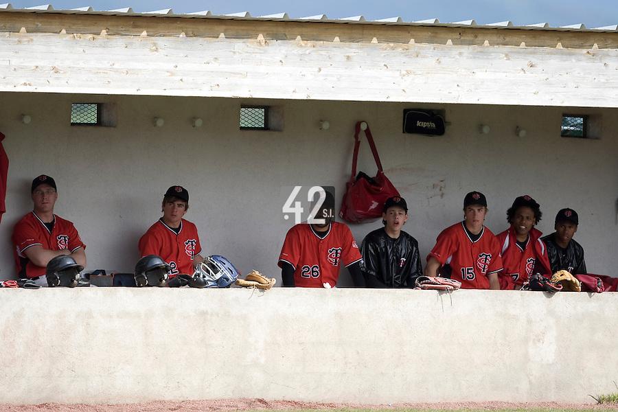 BASEBALL - ELITE - CLERMONT-FERRAND (FRANCE) - STADE DES CEZEAUX - 02/05/2008 - DUGOUT (STADE TOULOUSAIN)
