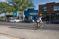 East Austin has unseated South Congress and Travis Heights as Austin's newest hipster home base, Austin must move to neighborhood - Stock Image