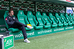 01.09.2019, wohninvest Weserstadion, Bremen, GER, 1.FBL, Werder Bremen vs FC Augsburg, <br /> <br /> DFL REGULATIONS PROHIBIT ANY USE OF PHOTOGRAPHS AS IMAGE SEQUENCES AND/OR QUASI-VIDEO.<br /> <br />  im Bild<br /> Florian Kohfeldt (Trainer SV Werder Bremen) <br /> Gestik, Mimik, auf der Trainerbank<br /> <br /> <br /> Foto © nordphoto / Kokenge