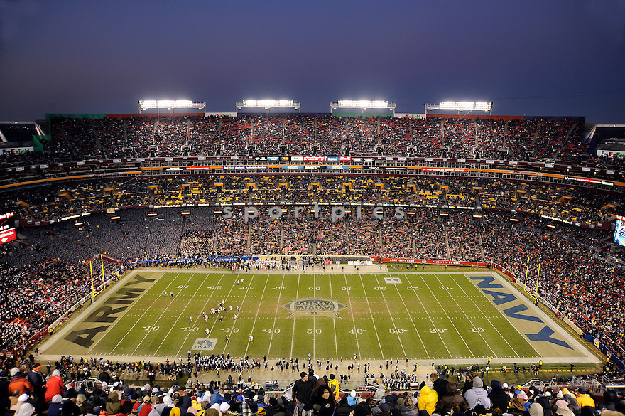 An overall view ofFedEx Field in Landover, MD, during a game between Army and Navy  on December 10, 2011. (AP Photo/Chris Bernacchi)