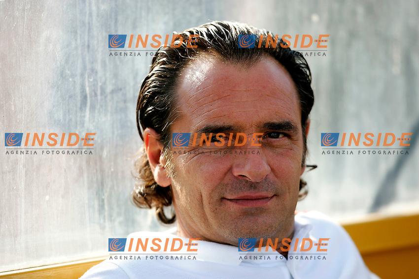 Pescara, 21/08/2004<br /> Incontro amichevole Pescara-AS Roma 0--3<br /> Cesare Prandelli Roma trainer <br /> Foto Insidefoto