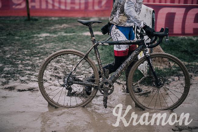'let's go clean that bike now...' <br /> <br /> Men's Race<br /> Belgian National CX Championschips<br /> Kruibeke 2019