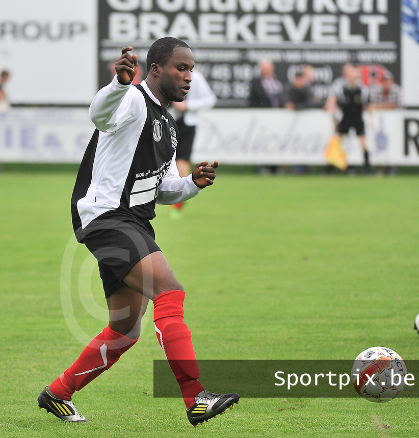 Club Roeselare : Wasevolo Ngabu<br /> foto VDB / Bart Vandenbroucke