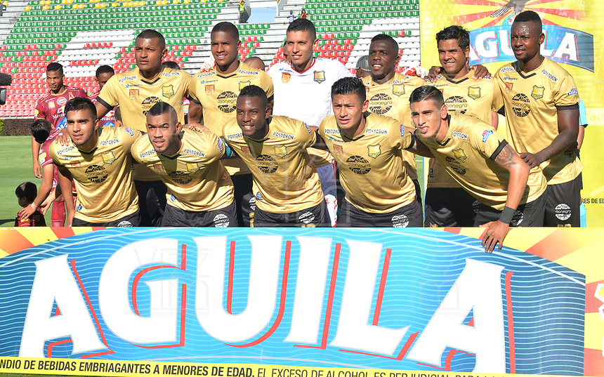 IBAGUÉ - COLOMBIA, 29-09-2018: Jugadores del Rionegro Aguilas posan para una foto previo al encuentro con Deportes Tolima por la fecha 12 de la Liga Águila II 2018 jugado en el estadio Manuel Murillo Toro de la ciudad de Ibagué. / Players of Rionegro Aguilas pose to a photo prior the match against Deportes Tolima for the date 12 of the Aguila League II 2018 played at Manuel Murillo Toro stadium in Ibague city. Photo: VizzorImage / Juan Carlos Escobar / Cont