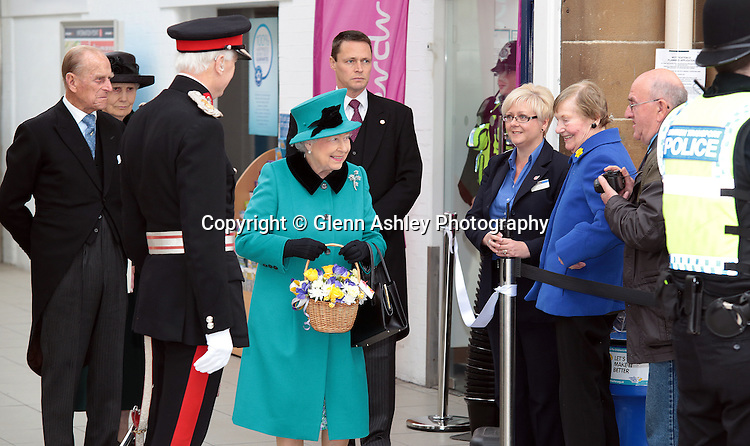 The Queen is greeted by the public at the station in Sheffield, United Kingdom on 2 April 2015. Photo by Glenn Ashley