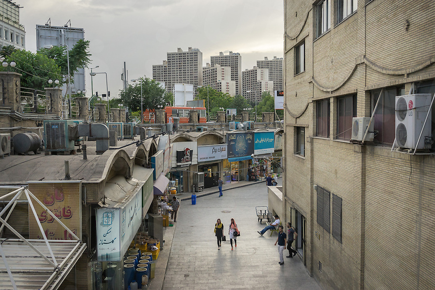 June 09, 2014 - Tehran, Iran. People shop at Golestan Shopping Center, one of the first mall built in the country. © Thomas Cristofoletti / Ruom