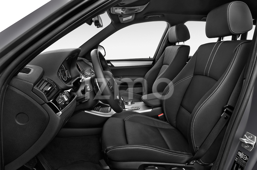 Front seat view of 2016 BMW X3 xDrive28d 5 Door SUV Front Seat  car photos
