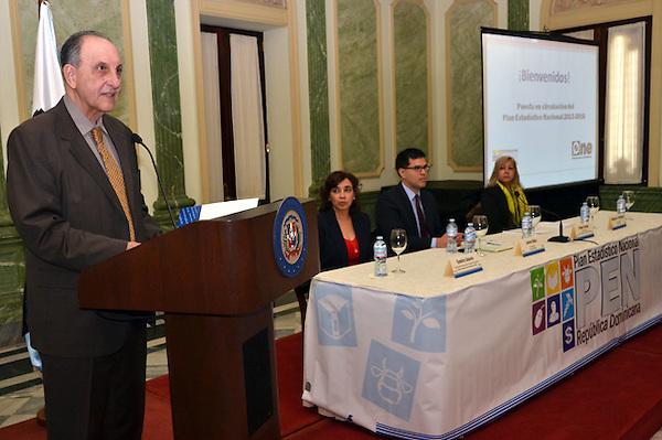 Presentaci&oacute;n del Plan Estad&iacute;stico Nacional de la ONE. Pablo Tactuk.<br /> Foto: Ariel D&iacute;az-Alejo/acento.com.do. <br /> Fecha: 26/11/2013.