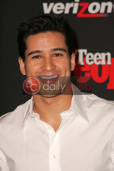 Mario Lopez<br /> at the Teen People's 4th Annual Artists of the Year Party, Element, Hollywood, CA 11-22-05<br /> David Edwards/DailyCeleb.Com 818-249-4998