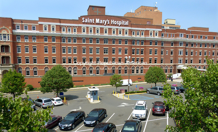 WATERBURY CT. 24 July 2014-072514SV06-Saint Mary's Hospital in Waterbury Friday. <br /> Steven Valenti Republican-American