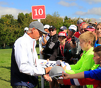 Tom Lehman US Team makes his way to the 10th tee during Thursday's Practice Day of the 41st RyderCup held at Hazeltine National Golf Club, Chaska, Minnesota, USA. 29th September 2016.<br /> Picture: Eoin Clarke | Golffile<br /> <br /> <br /> All photos usage must carry mandatory copyright credit (&copy; Golffile | Eoin Clarke)