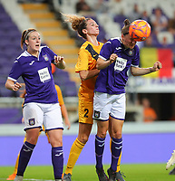 20190912 - Anderlecht , BELGIUM :  Anderlecht's Elke van Gorp is pictured heading a ball and also in the picture are Anderlecht's Britt Vanhamel (left) and BIIK-Kazygurt's Imane Chebel (2), during the female soccer game between the Belgian Royal Sporting Club Anderlecht Dames  and BIIK Kazygurt from Shymkent in Kazachstan, this is the first leg in the round of 32 of the UEFA Women's Champions League season 2019-20120, Thursday 12 th September 2019 at the Lotto Park in Anderlecht , Belgium. PHOTO SPORTPIX.BE | SEVIL OKTEM