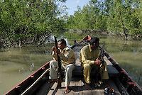 "Asien Suedasien Bangladesh , Ranger im Nationalpark Sunderbans , geschuetzter Mangrovenwald im Gangesdelta   -  Umwelt Umweltschutz Natur Fluss Fluesse Flussdelta Klimawandel Klimaschutz xagndaz | .South asia Bangladesh , ranger in protected Mangrove forest in Sunderbans the mouth of the Ganges river - environment nature protection climate change   .| [ copyright (c) Joerg Boethling / agenda , Veroeffentlichung nur gegen Honorar und Belegexemplar an / publication only with royalties and copy to:  agenda PG   Rothestr. 66   Germany D-22765 Hamburg   ph. ++49 40 391 907 14   e-mail: boethling@agenda-fototext.de   www.agenda-fototext.de   Bank: Hamburger Sparkasse  BLZ 200 505 50  Kto. 1281 120 178   IBAN: DE96 2005 0550 1281 1201 78   BIC: ""HASPDEHH"" ,  WEITERE MOTIVE ZU DIESEM THEMA SIND VORHANDEN!! MORE PICTURES ON THIS SUBJECT AVAILABLE!!  ] [#0,26,121#]"