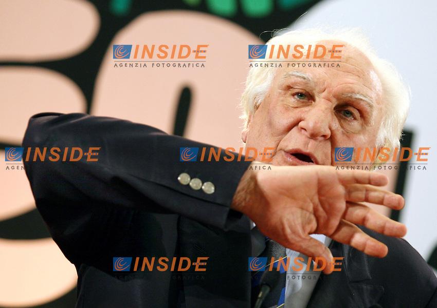 Roma 12 03 2006 Apertura della Campagna Elettorale della Rosa nel Pugno<br /> Nella foto Marco Pannella dei Radicali<br /> Photo Serena Cremaschi Insidefoto