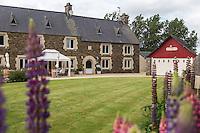 France, Ille-et-Vilaine (35),  Miniac-Morvan: Restaurant: L'Eden Brug du chef Didier Delaunay  // France, Ille et Vilaine, Miniac-Morvan