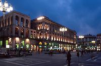 Italien, Lombardei, Piazza Duomo in Mailand