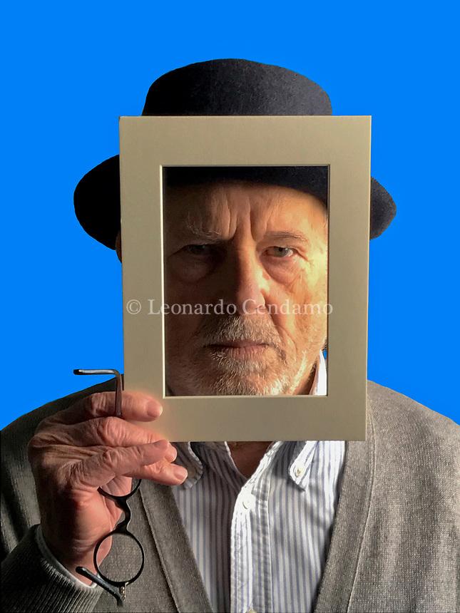 Leonardo Cendamo, italian photographer. Self-portrait. Barni 5 novembre 2018. © Leonardo Cendamo