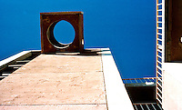 Paolo Soleri: ARCOSANTI belfry. Photo '76.