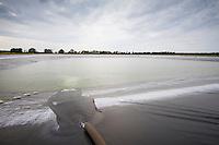 Filling a 10 million gallon reservoiu - July, Norfolk