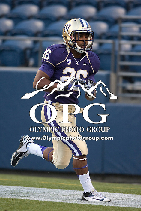 Sept 01, 2012:  Washington's Anthony Gobern against San Diego State.  Washington defeated San Diego State 21-12 at CenturyLink Field in Seattle, Washington...