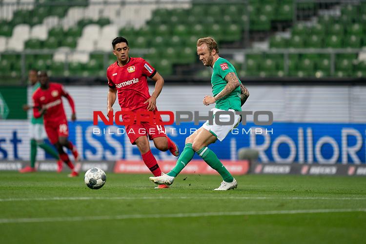 Nadiem Amiri (Leverkusen #11), <br /> Kevin Vogt (Werder Bremen  #03)<br /> <br /> Sport: Fussball: 1. Bundesliga: Saison 19/20: <br /> 26. Spieltag: SV Werder Bremen vs Bayer 04 Leverkusen, 18.05.2020<br /> <br /> Foto ©  gumzmedia / Nordphoto / Andreas Gumz / POOL <br /> <br /> Nur für journalistische Zwecke! Only for editorial use!<br />  DFL regulations prohibit any use of photographs as image sequences and/or quasi-video.