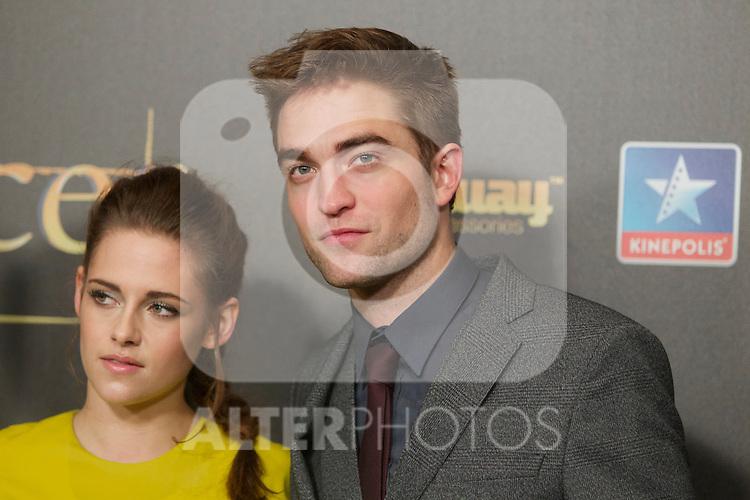 Kristen Stewart and Robert Pattison during the premiere of The Twilight Saga: Breaking Dawn. November 15, 2012. (ALTERPHOTOS/Alvaro Hernández)
