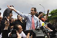 CARACAS - VENEZUELA, 12-03-2019:  El líder de la oposición y presidente interino de Venezuela, Juan Guaido, habla durante una manifestación contra el apagón y el gobierno de Nicolás Maduro el 12 de marzo de 2019 en Caracas, Venezuela. Juan Guaido, declarado presidente interino por la Asamblea Nacional y aceptado por muchos miembros de la comunidad internacional, convocó una manifestación para protestar contra el apagón que está afectando a Venezuela. Según sus palabras, es consecuencia de una corrupción y mala gestión del gobierno de Nicolás Maduro. / Opposition leader and Interim President of Venezuela Juan Guaido speaks during a demonstration against the blackout and the Nicolás Maduro government on March 12, 2019 in Caracas, Venezuela. Juan Guaido, declared interim president by the National assembly and accepted by many members of the international community called a demonstration to protest against the blackout which is affecting Venezuela. According to his words, it a consequence of a corruption and mismanagement of the government of Nicolas Maduro. Photo: VizzorImage / Carolain Caraballo / Cont
