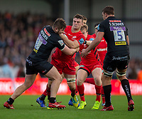 Saracens' Ben Earl is tackled by Exeter Chiefs' Alec Hepburn<br /> <br /> Photographer Bob Bradford/CameraSport<br /> <br /> Gallagher Premiership Round 10 - Exeter Chiefs v Saracens - Saturday 22nd December 2018 - Sandy Park - Exeter<br /> <br /> World Copyright © 2018 CameraSport. All rights reserved. 43 Linden Ave. Countesthorpe. Leicester. England. LE8 5PG - Tel: +44 (0) 116 277 4147 - admin@camerasport.com - www.camerasport.com