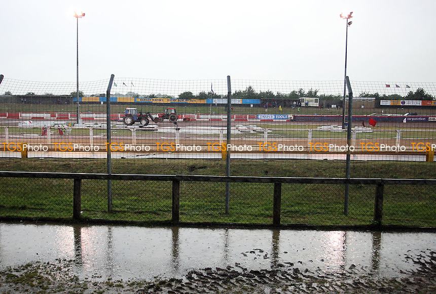 Lakeside Hammers vs Wolverhampton Wolves meeting postponed at Arena Essex following a heavy downpour of rain minutes before the scheduled start time - Elite League Speedway - 11/07/08 - MANDATORY CREDIT: Gavin Ellis/TGSPHOTO - Self billing applies where appropriate - Tel: 0845 094 6026.