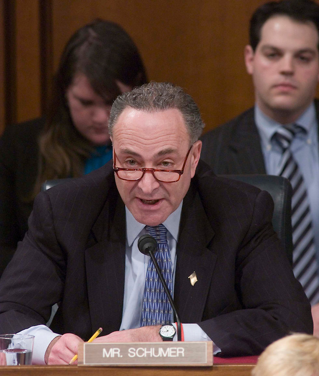 01/09/06.ALITO HEARINGS--Sen. Charles E. Schumer, D-N.Y., during the Senate Judiciary confirmation hearing of Samuel A. Alito Jr., to be an associate justice of the U.S. Supreme Court..CONGRESSIONAL QUARTERLY PHOTO BY SCOTT J. FERRELL