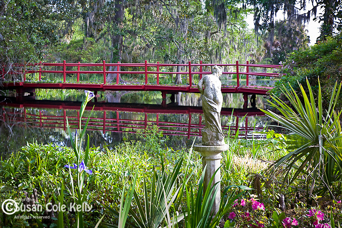 Magnolia Plantation, Red bridge over Cypress Lake, Charleston, SC