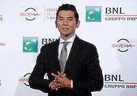 L'attore giapponese Masahiro Motoki posa durante un photo call per la presentazione del film &quot;The Long Excuse&quot; al Festival Internazionale del Film di Roma, 18 ottobre 2016.<br /> Japanese actor Masahiro Motoki poses during a photo call to present the movie &quot;The Long Excuse&quot; during the international Rome Film Festival at Rome's Auditorium,18 October 2016.<br /> UPDATE IMAGES PRESS/Isabella Bonotto