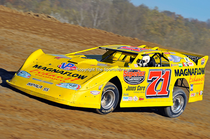 Oct 15, 2011; 4:25:00 PM; Chillicothe, OH ., USA; The 31st Annual U.S. Steel Dirt Track World Championship presented by Sunoco at K-C Raceway, a $50,000-to-win event on the Lucas Oil Late Model Dirt Series.  Mandatory Credit: (thesportswire.net)