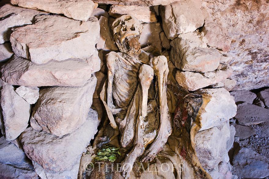 Bolivia, male mummy in cave at Volcano Tunupa, Altiplano, Salar de Uyuni, Bolivia