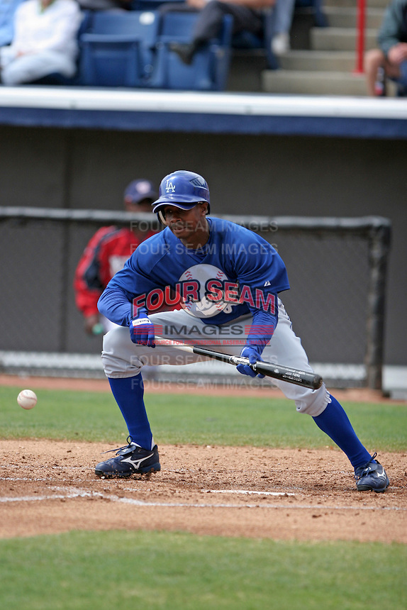 Los Angeles Dodgers Juan Pierre during a Grapefruit League Spring Training game at Spacecoast Stadium on March 19, 2007 in Melbourne, Florida.  (Mike Janes/Four Seam Images)